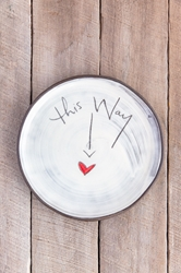 This Way to Love Round Plate (Small/Large)
